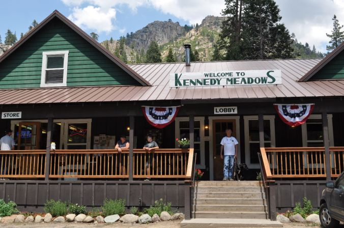 Kennedy-Meadows-Resort